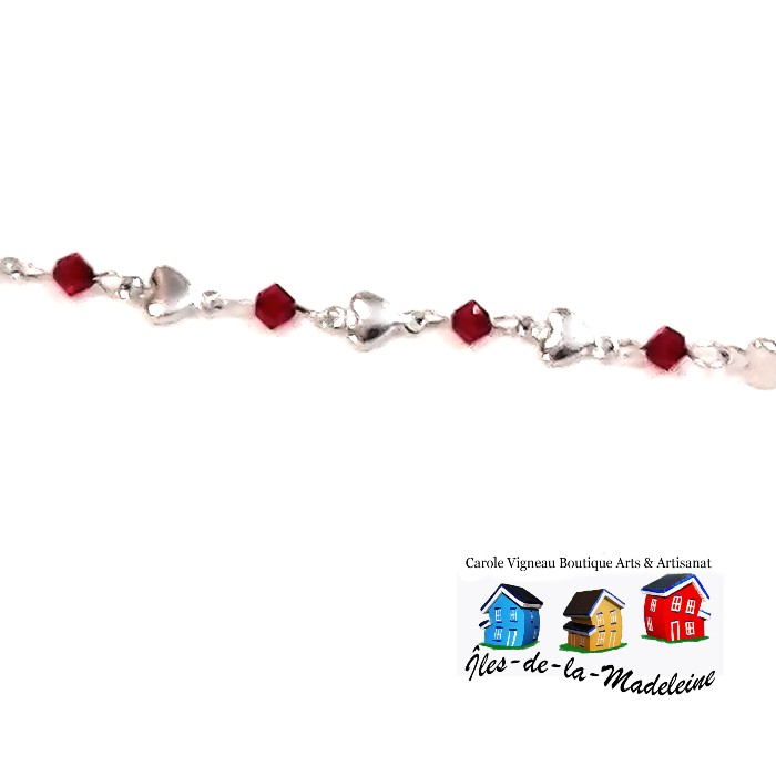 Bracelet composé d'un assortiment de cœurs en acier inoxydable et de cristaux rouge Siam