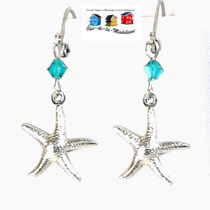 Boucles d'oreilles en acier inoxydable avec étoiles en acier inoxydable, le tout agrémentées de cristaux de couleur Zircon.